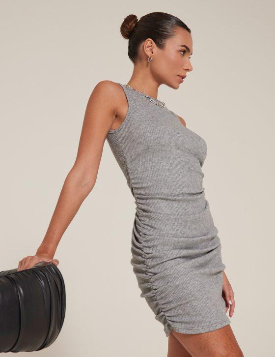 Φόρεμα μίνι πλεκτό αμάνικο με ελαστικές σούρες